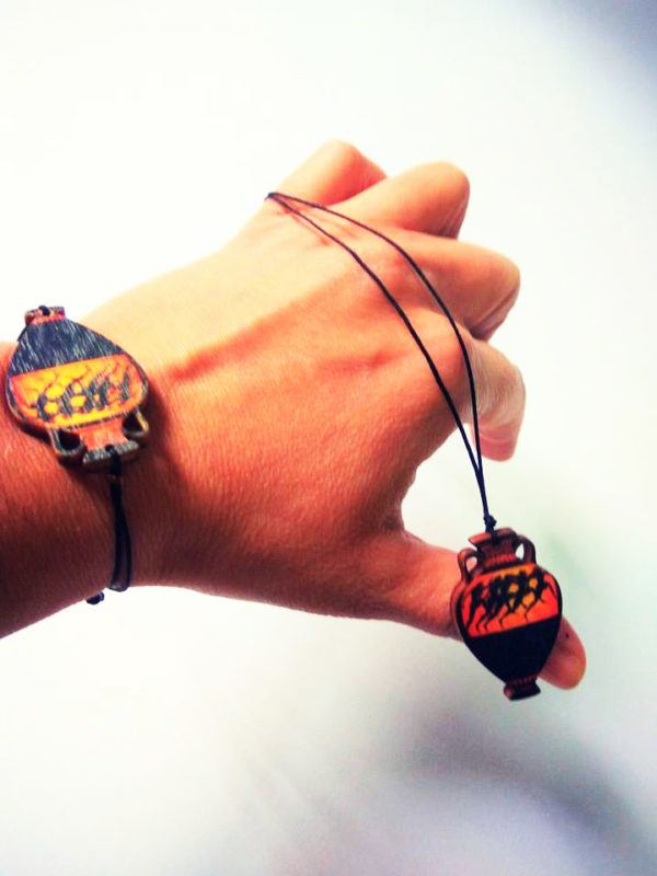 runners bracelet product photo 1