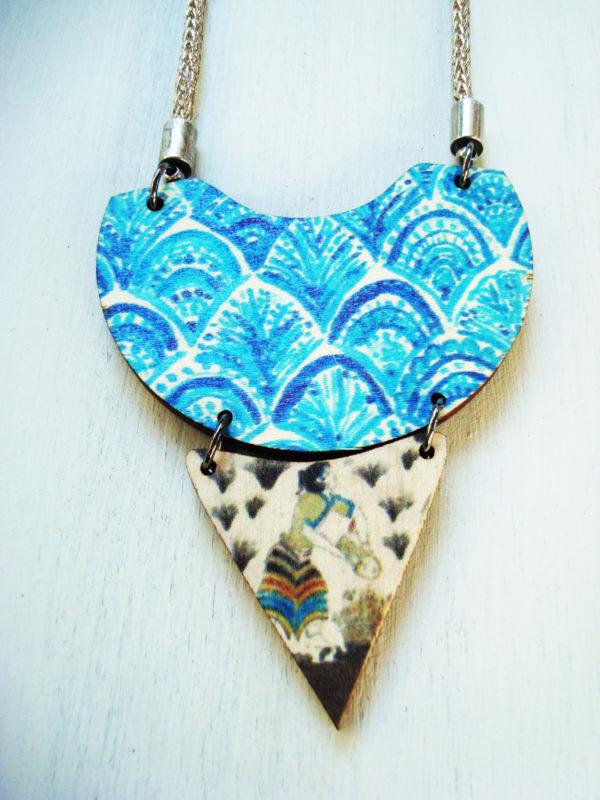 the saffron picker necklace product photo1
